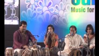 Anup Jalota live at Idea Jalsa - Surat - YouTube