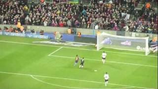 preview picture of video 'Lionel Messi 4th Goal 5:1 FC Barcelona - Valencia CF Camp Nou'