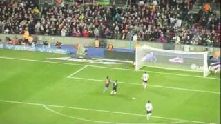 preview picture of video 'Lionel Messi 4th Goal 5:1 FC Barcelona - Valencia CF Camp Nou'