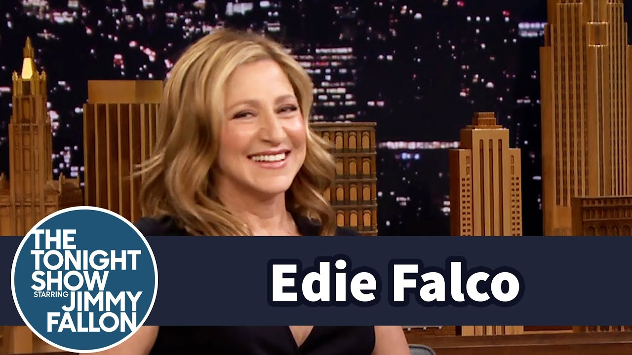 Edie Falco Gets a Redo Mets First Pitch with Jeremy Renner and Jimmy thumbnail