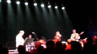 Young Marble Giants - Eating Noddemix live @ HAU2, Berlin - 16.1.2009