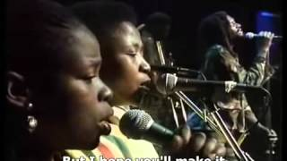 Lucky Dube - It is Not Easy (mama) legendado Port e Ing