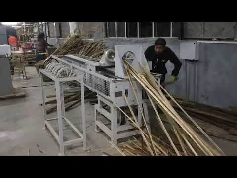 Semi-Automatic Bamboo Splitting Machine