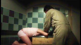 十岁女孩被大叔囚禁8年,4年才洗一次澡,就因为她对大叔笑了笑