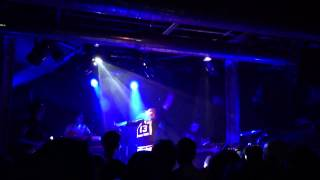 Florrie (Live at XOYO, London) - Call 911