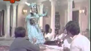 ''Meri Nazron Ne Kaise Kaise'' (Jangal Mein Mangal) - YouTube