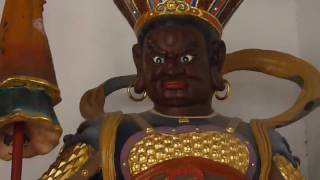 Video : China : GuangXiao Temple in GuangZhou - video