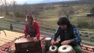 Hai Sharmaon Kis Kis Ko Bataon - as performed by Tabla for