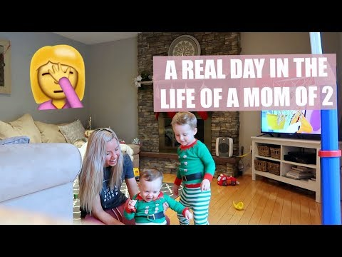 VLOGMAS 2017 DAY 12 // DAY IN THE LIFE OF A SAHM OF 2// CHRISTMAS COOKIE FAIL