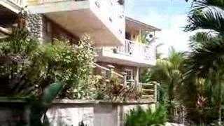 preview picture of video 'Garden from the Calibishie Hotel resort in Dominica.'
