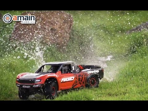 What's New: Traxxas UDR Unlimited Desert Racer 6S Race Truck Basher