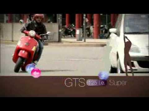 Vespa GTS 125 Super Official Video