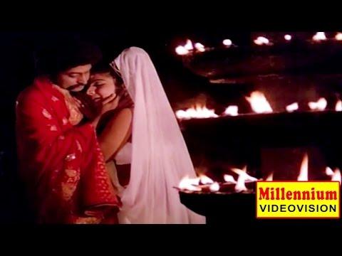 Malayalam Evergreen Film Song   Innenikku Pottukuthaan   Guruvayur Kesavan   P. Madhuri