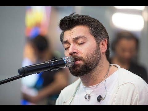 🅰️ Алексей Чумаков  – Тут И Там (#LIVE Авторадио)