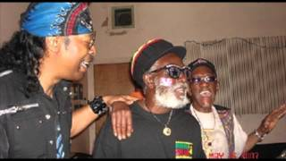 Burning Spear, Mek We Dweet. (Reggae)
