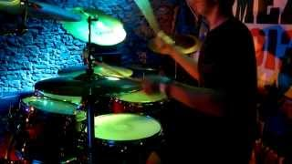 """Video UNDER THE SURFACE - """"The Vision"""" (Live Music Video)"""