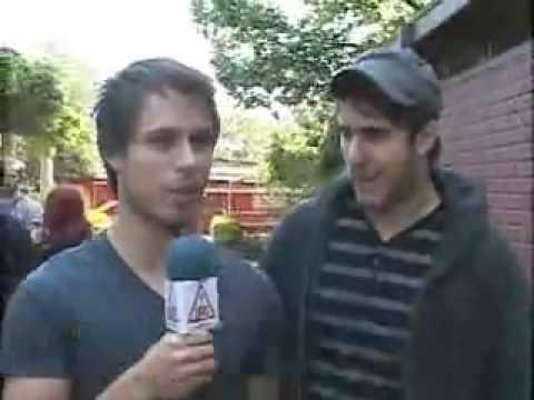 Entrevista a Zac Farro y Josh Farro en Chile (subtitulada en español)