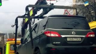 Автомобіль Вороненкова відвезли правоохоронці