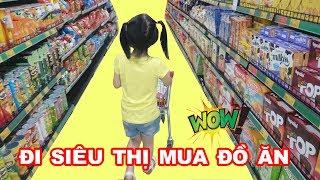 BÉ ĐI SIÊU THỊ MUA ĐỒ ĂN 😍 Baby Doing Grocery Shopping ♥ Dâu Tây Channel