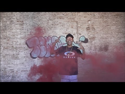 MC V2 - MALICINHA - STREET VIDEO