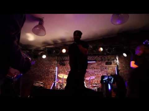 2 Xtremes - TFT - (Official Live Video by TFTmusic.org)