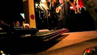 crazy little thing called love Lynda Carter Live 4/1/2011