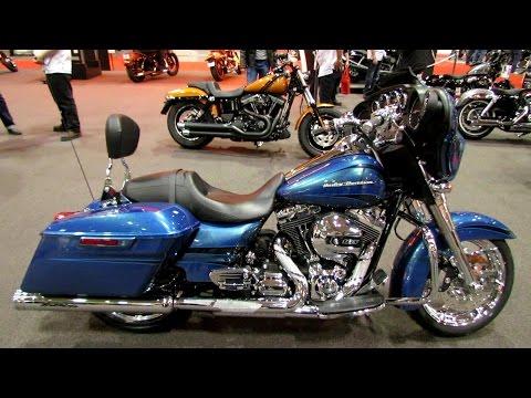 2014 Harley-Davidson Touring Street Glide Accessorized Walkaround - 2014 Toronto Motorcyle Show