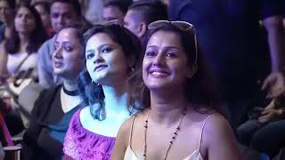 Arijit singh live chehra kyu milta tera fly kiss girl