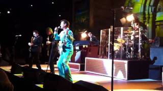 Chris Isaak at the Mountain winery, I want your love, July 22, 2011