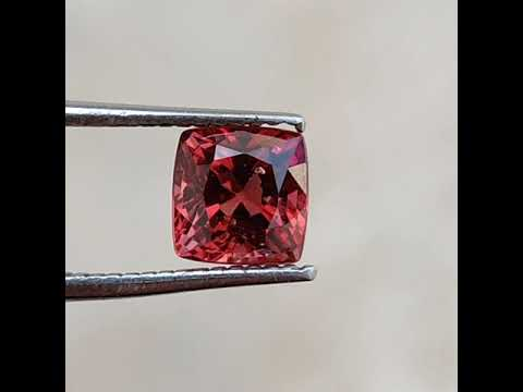 Spinel - 0.90 Ct Certified