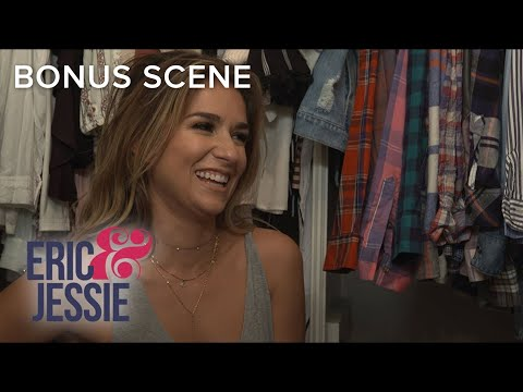 Inside Jessie James Decker's Messy Closet | Eric & Jessie | E!