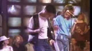 Silent Morning ( Live )   NOËL ( DJ OUIPET ) 1987