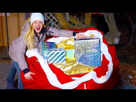 WE FOUND SANTA'S BAG! EPIC CHRISTMAS TREASURE HUNT!