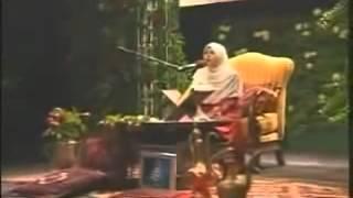 Somaya Abdul Aziz Eddeb  Surat Al Fajr.mp3