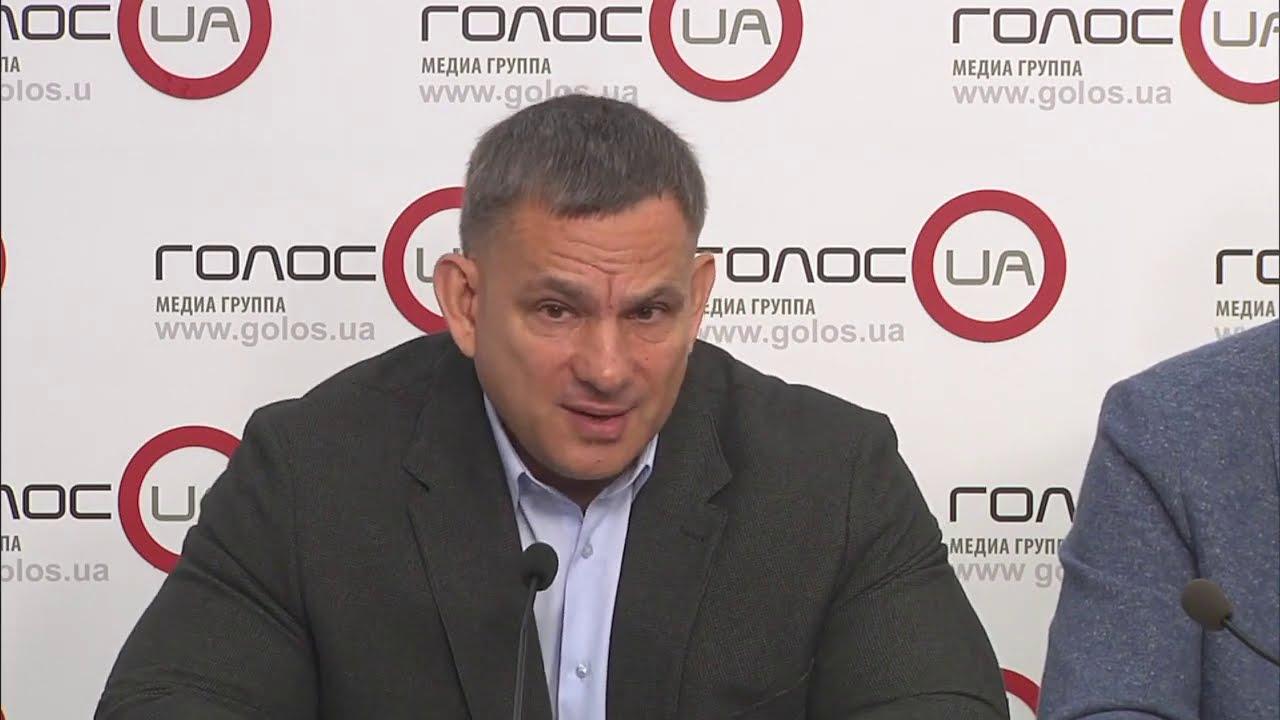 Следствие по крушению АН-26 уже должно было подготовить подозрения должностным лицам. Игорь Серков