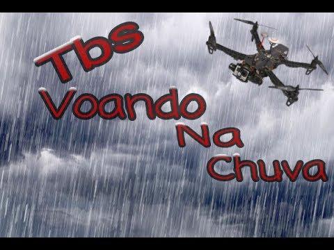 tbs-discovery-voando-na-chuva