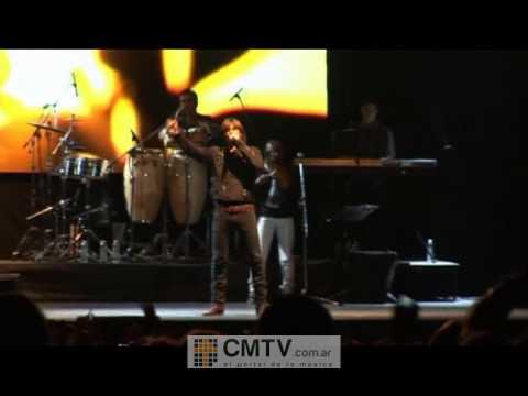 Carlos Baute video Amarte bien - Córdoba 30-10-2011