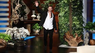 Chris Hemsworth Reveals Matt Damon's Snake Scare in Australia