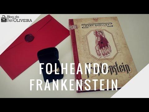 Folheando o livro Frankenstein (Mary Shelley) | Ben Oliveira