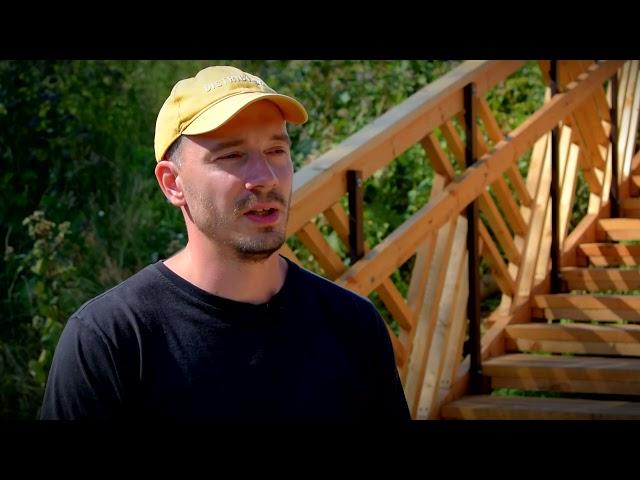 Инициативные граждане помогли установить лестницы в тверском парке