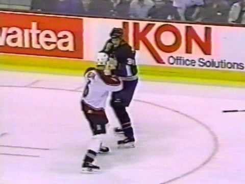 Chris McAllister vs. Wade Belak