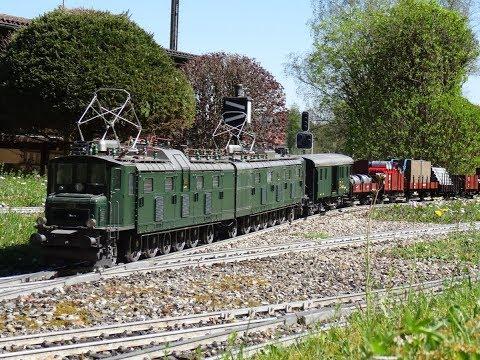 Die SBB Ae 8/14 unterwegs auf unserer Modelleisenbahn