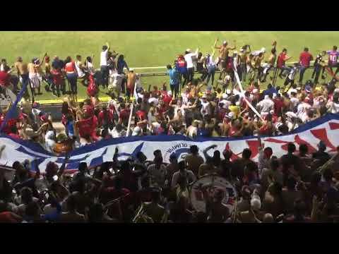 """""""La Ultra Fiel copando el Morazán 04/13/019"""" Barra: La Ultra Fiel • Club: Club Deportivo Olimpia • País: Honduras"""