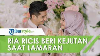 Beri Kejutan Saat Lamaran, Ria Ricis Menari Tarian Khas Aceh Buat Teuku Ryan Terkejut