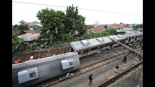 Semua Gerbong KRL Yang Anjlok Di Bogor Sudah Dipindahkan