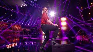 Shakira - Me Enamoré (The Voice Francia 2017)
