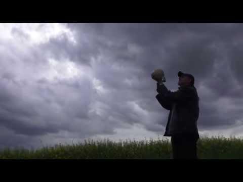 Milan Princ - Smrti (oficiální video z alba Smrti má) M. Princ / P.Hejna