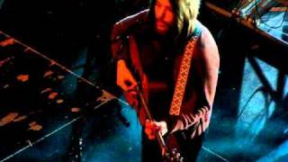 FLEET FOXES @AB BRUSSELS (R.PECKNOLD SOLO ACCOUSTIC false knight on the road
