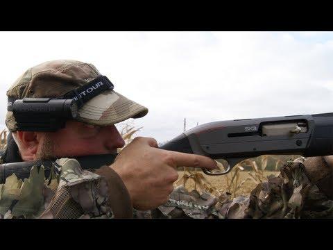 Fieldsports Britain – Kristoffer Clausen eats fox + chasing rabbits with lurchers