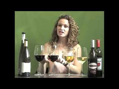 Màu sắc của rượu vang nói lên điều gì?